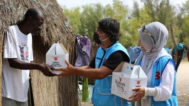 TDV, 589 bin 136 hisse kurbanı ihtiyaç sahiplerine ulaştırdı