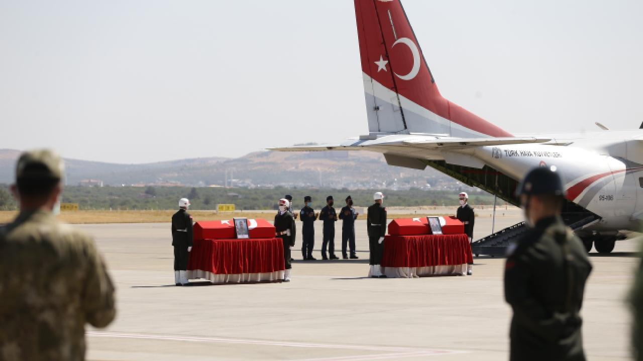 Şehit iki askerin cenazesi memleketlerine uğurlandı