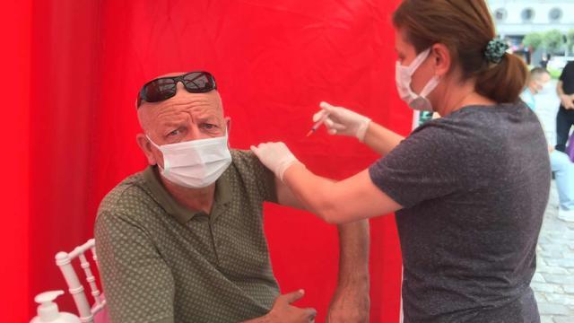 Trabzonda aşılama kampanyası: Aşı olanlara turistik işletmelerde indirim