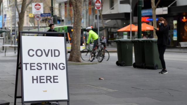 Avustralyada koronavirüs yasakları 4 hafta uzatıldı