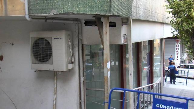 Güngörende yıkılma tehlikesi olan bina boşaltıldı