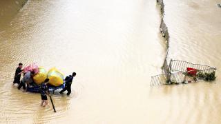 Çin'de şiddetli yağış uyarısı