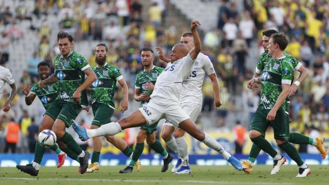 Fenerbahçe hazırlık maçında berabere kaldı