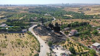 Gaziantep'te depoda çıkan yangını soğutma çalışmaları sürüyor