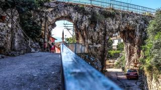 Hatay'ın Roma döneminden kalma tarihi su kemerleri zamana direniyor