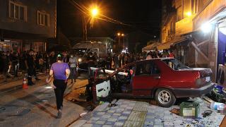 Bilecik'te kontrolden çıkan araç 3 yayaya çarptı: 1 ölü, 5 yaralı