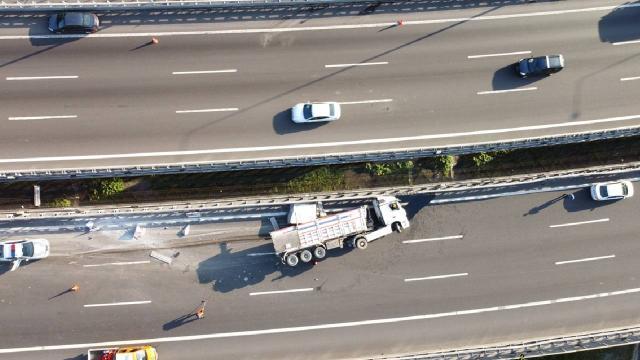 Boluda kaza nedeniyle ulaşıma kapanan İstanbul yönü trafiğe açıldı