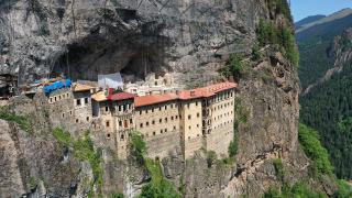 Sümela Manastırı'nda Kurban Bayramı yoğunluğu