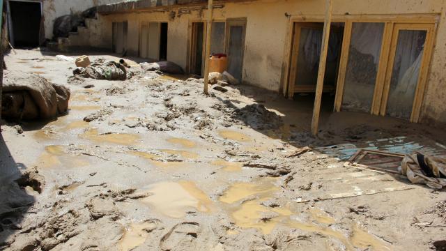Afganistandaki sel felaketinde can kaybı artıyor
