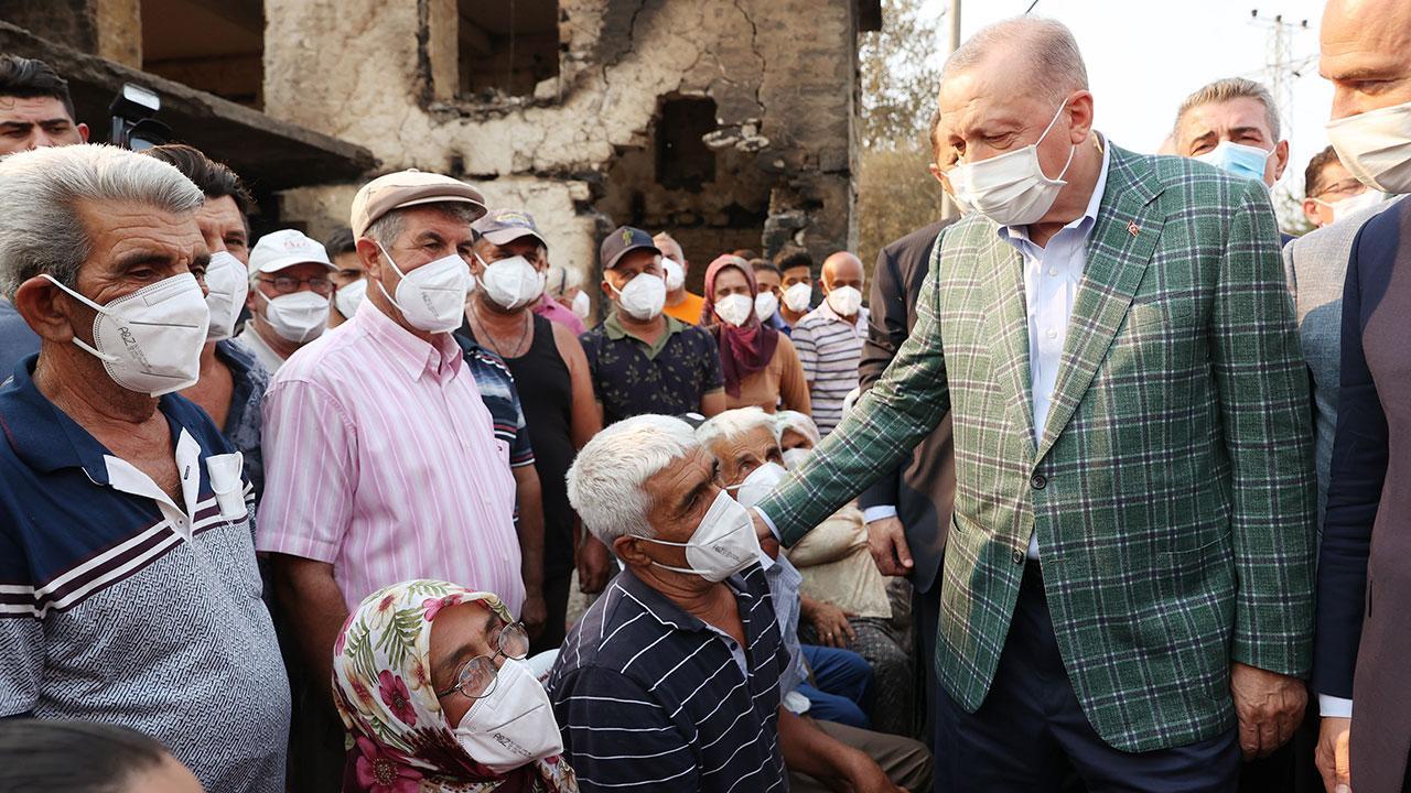 Cumhurbaşkanı Erdoğan'dan afetzedelere ziyaret - Son Dakika Haberleri