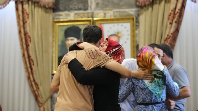 Diyarbakırdaki 3 annenin evlat zaferi