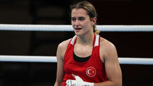 Milli boksör Esra Yıldız: Hedefim tabii ki altın madalya.