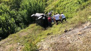 Samsun'da otomobil tarlaya devrildi: 2 ölü