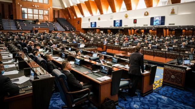 Muhyiddin Yasinin istifasının ardından Malezya yeni başbakanını arıyor