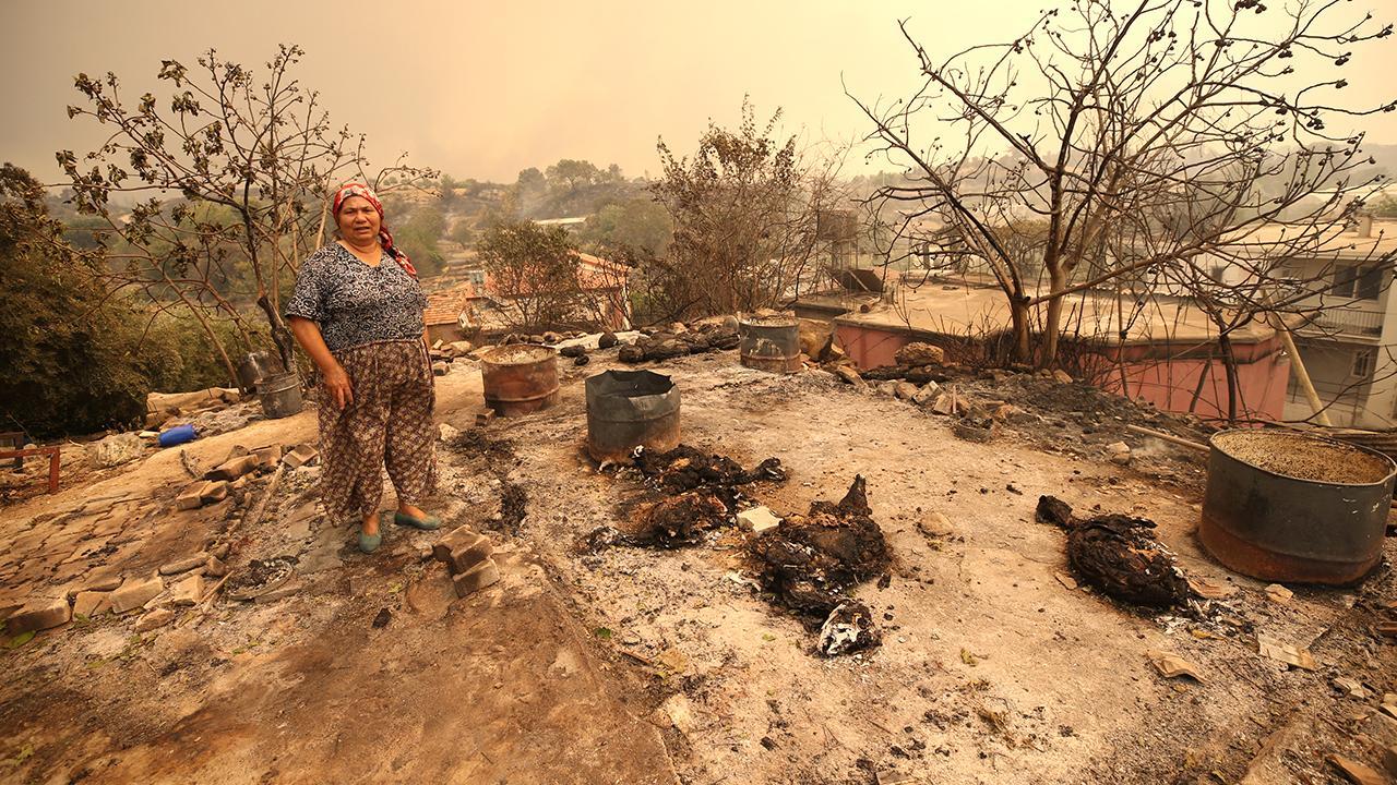 Yangınlarda zarar gören 1100 binanın yıkımı tamamlandı