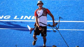 Milli okçu Mete Gazoz Tokyo'da şampiyon oldu