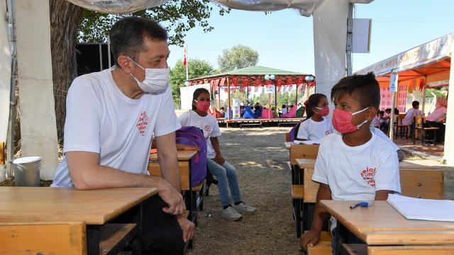 MEB, 11 ilde Mobil Okul projesini başlatıyor
