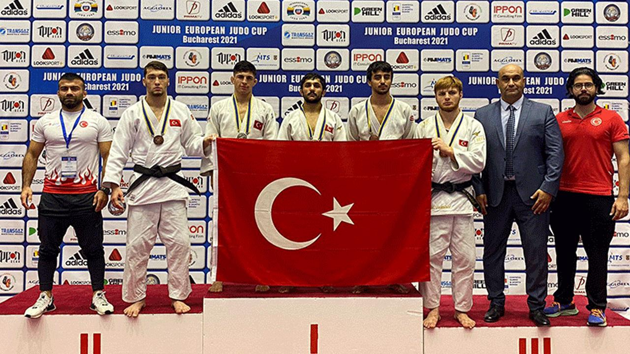 Milli judocular Bulgaristan'da 5 madalya kazandı