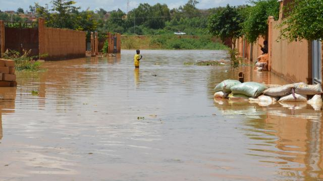 Nijerdeki sellerde 35 kişi hayatını kaybetti