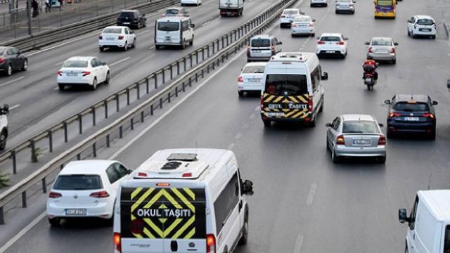 İstanbulda servis ücretlerine yüzde 15 zam yapıldı