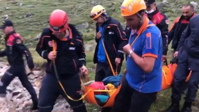 Kaçkarda düşen 2 Ukraynalı dağcı 33 saat sonra kurtarıldı