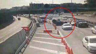 Avrasya Tüneli girişinde kaza yapan otomobil takla attı