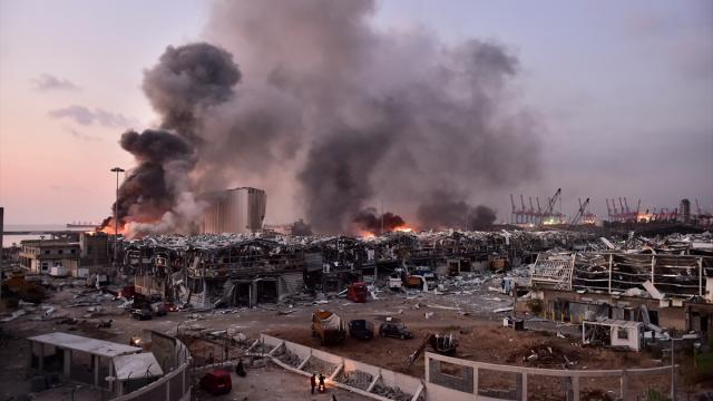 Lübnanda liman patlaması soruşturması: Eski bakan hakkında gözaltı kararı