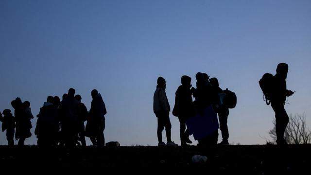 İstanbulda 3 ayda 15 bin 328 düzensiz göçmen yakalandı