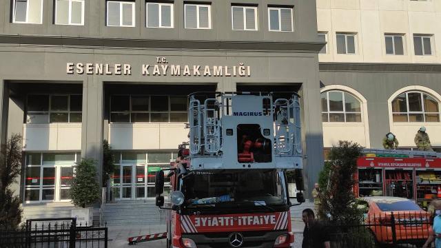 Kaymakamlık binasında yangın
