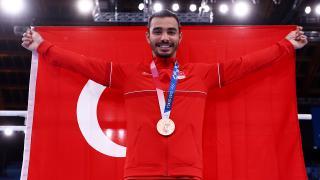 Ferhat Arıcan'a Olimpiyat Köyü'nde coşkulu karşılama