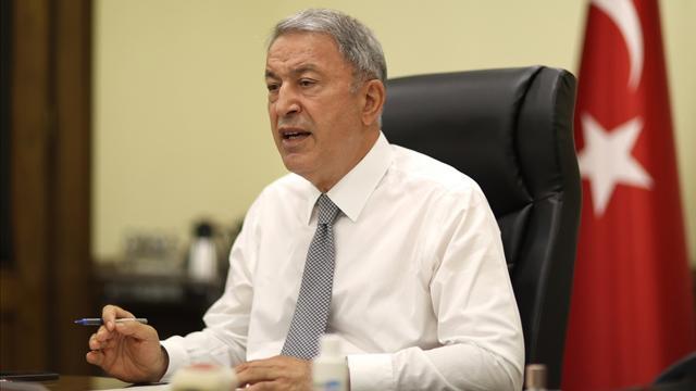 Bakan Akar: Yunanistanın anlaşmalara aykırı hareketleri göz ardı ediliyor