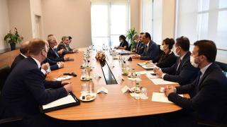 Cumhurbaşkanlığı Sözcüsü Kalın Lavrantiyev ile görüştü