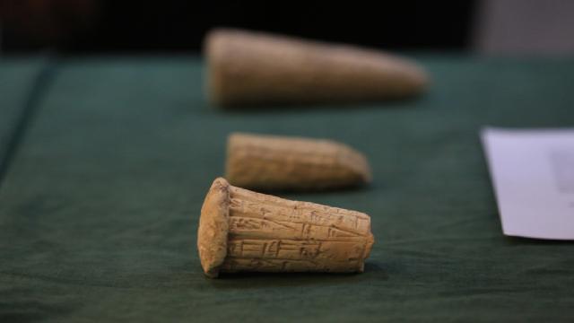Iraktan kaçırılan binlerce tarihi eser ülkeye iade edildi