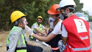 Tatile gittiler, yangınlar çıkınca Kızılay gönüllüsü oldular