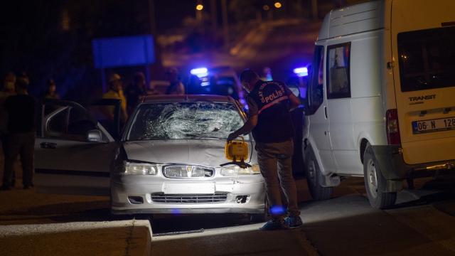 Başkentte bir araçtan sol şeritte indirilen kadın otomobilin çarpması sonucu öldü