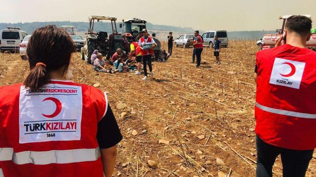 Türk Kızılay, orman yangınlarında 300 bin kişiye destek sağladı
