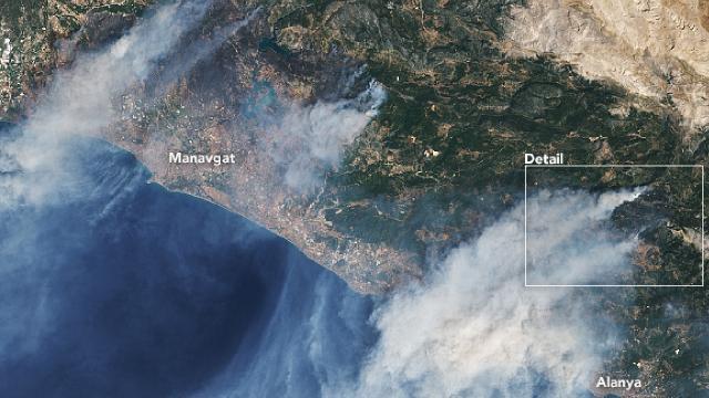 NASA uydusu ile Türkiyedeki yangınları görüntüledi
