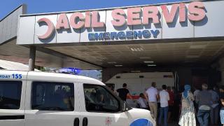 Manisa'da 19 öğrenci gıda zehirlenmesi şüphesiyle hastaneye kaldırıldı