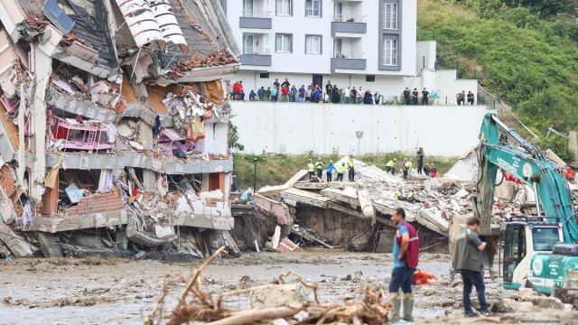 Sel felaketinde can kaybı 66ya yükseldi