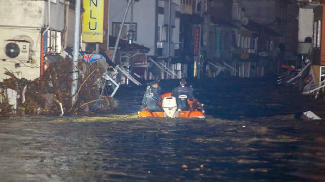 Kastamonu'da sele kapılan 2 kişi hayatını kaybetti - Son Dakika Haberleri