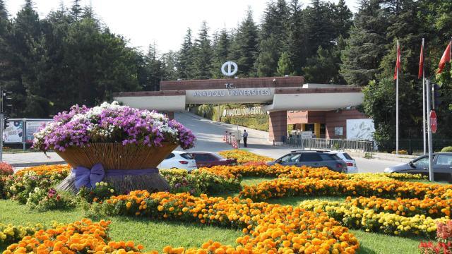 Anadolu Üniversitesi hibrit eğitim modeli uygulayacak