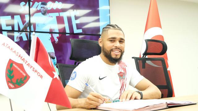 Hatayspor Simon Falette ile sözleşme imzaladı