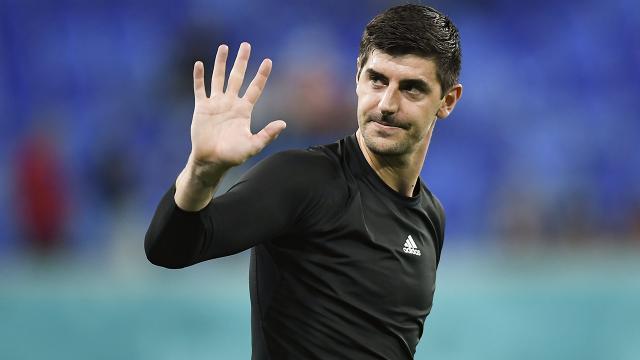 Belçikalı yıldız kaleci Courtoisdan UEFA ve FIFAye eleştiri