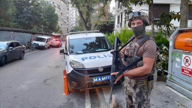 İstanbulda siber dolandırıcılara operasyon: 20 gözaltı