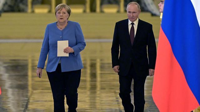 Merkelden Rusyaya son ziyaret: Gündem Afganistan
