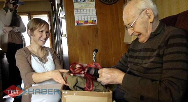 Kayıp çanta 70 yıl sonra sahibine ulaştı