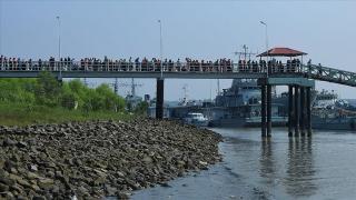 Bangladeş'in tartışmalı adasındaki Arakanlılara BM yardımları başlıyor
