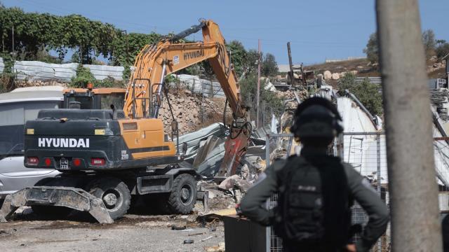 İsrail 1967den beri Batı Şeria ve Doğu Kudüste yaklaşık 12 bin evi yıktı
