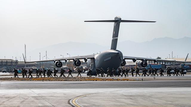 Afganistandan tahliye edilen ABDli sayısı 5 bin 100ü buldu