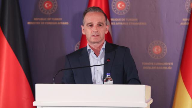 Almanya Dışişleri Maas: Türkiye, tahliyelere önemli katkıda bulunuyor